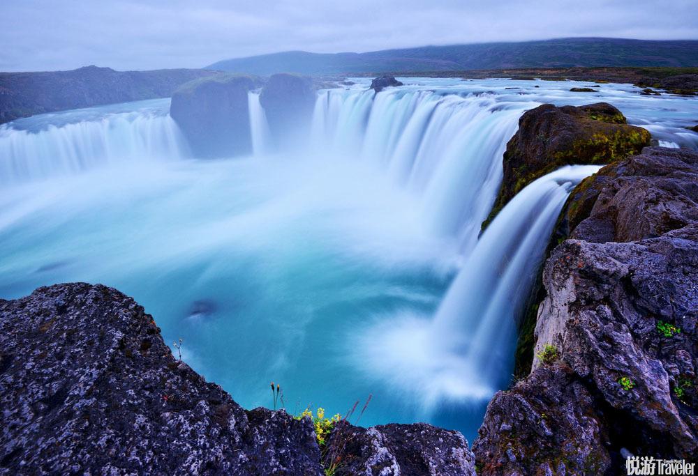 冰岛,风景优美,人口稀少,绝对是一个超凡脱俗的世外桃源,这里是摄影爱好者的天堂,同时也是徒步旅行者...