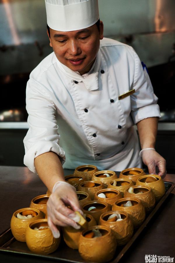 郑盈师傅在闽菜界是颇具影响力的人物。