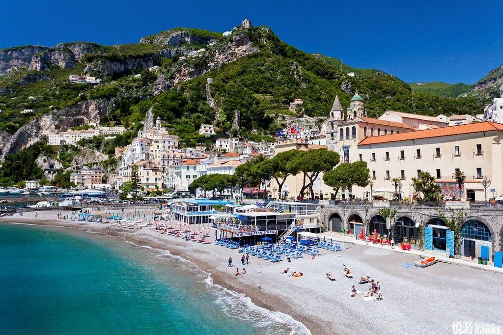 意大利阿玛菲:海天一色的沿海公路意大利阿玛菲海岸是大名鼎鼎的世界