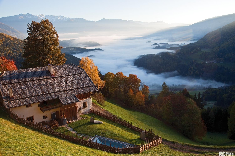 "San Lorenzo Mountain Lodge的老板娘喬吉婭(Giorgia) 在2008年工作變動時,義無反顧地啟動了自己的""山..."