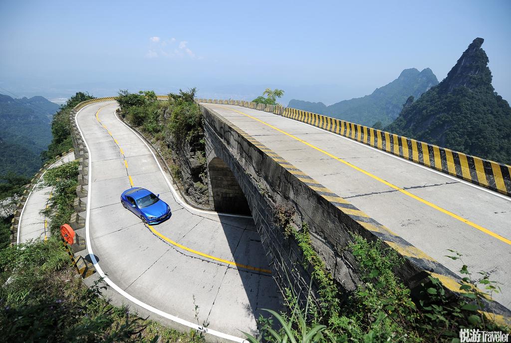 中国湖南天门山通天大道。