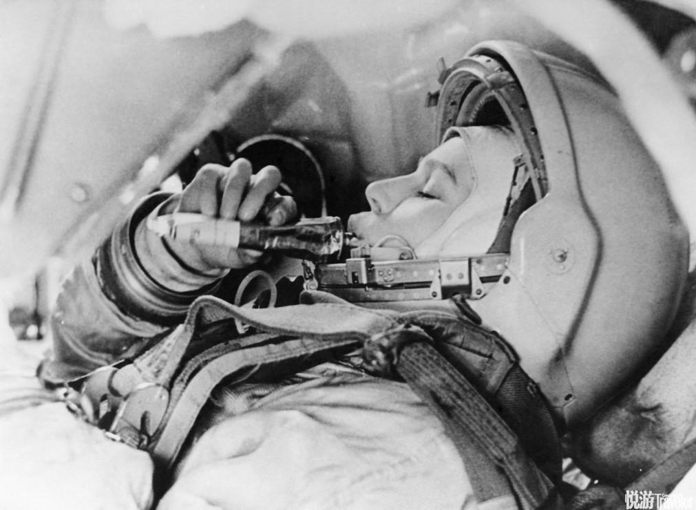 人类历史上进入太空的第一位女性:捷列什科娃国籍:前苏联生日:1937年3月6日首次航天:1963年6月16日 ...