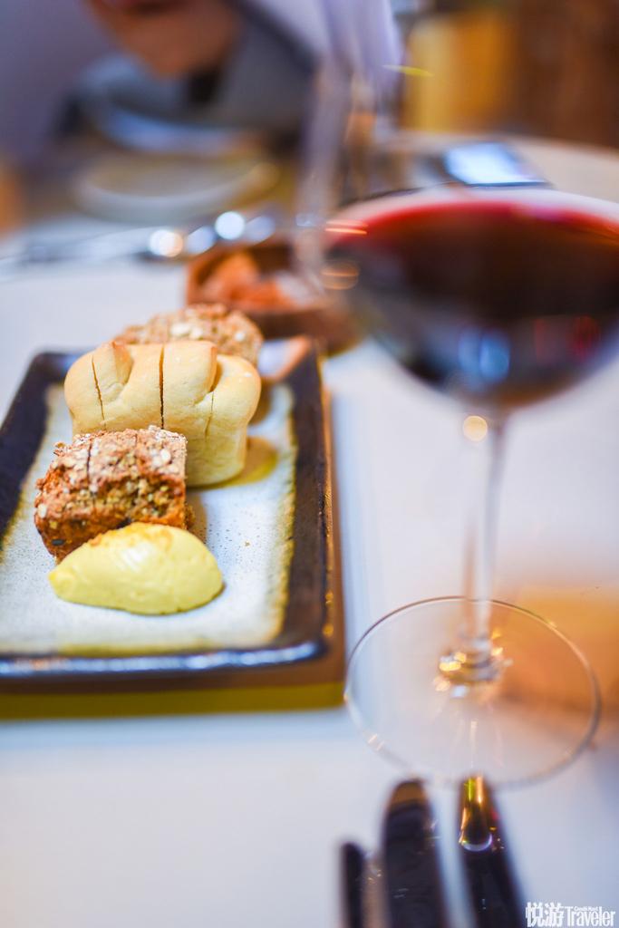 红酒,葡萄酒,餐前面包