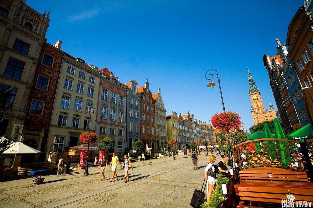 波兰是世界上琥珀储量最丰富的国家之一,位于波罗的海之滨的格但斯克成为了欧洲琥珀加工企业的主要集中地...