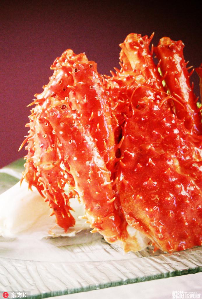 《樱兰高校》里的帝王蟹让人垂涎欲滴,晚上吃的是清蒸蟹,可是气氛却非常的怪异,先是环跟春绯的冷战,还...