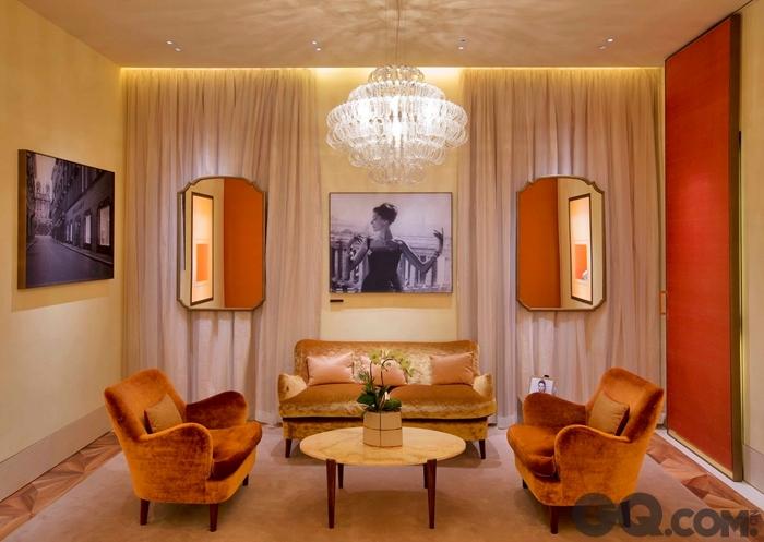 宝格丽广东道旗舰店的室内设计由知名美国建筑师peter marino操刀