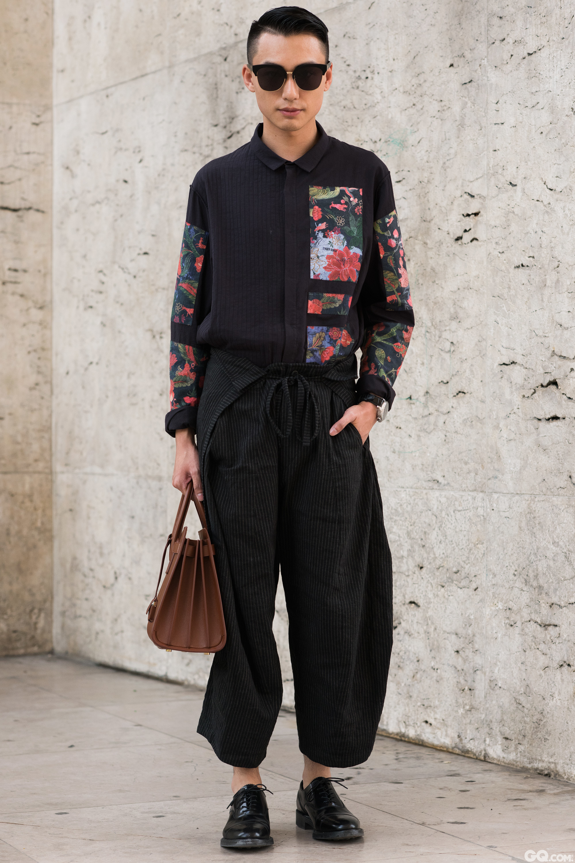 Sunglasses: Gentle Monster Shirts: Siqi Chen Trousers: Siqi Chen Shoes: Loaki Bag: Saint Laurent.  Inspiration: My friend Siqi Chen is a talented designer from China, so East meets West is my look today.  (我的朋友csq是一位来自中国有天赋的设计师,所以中西合壁就是我今天的灵感)
