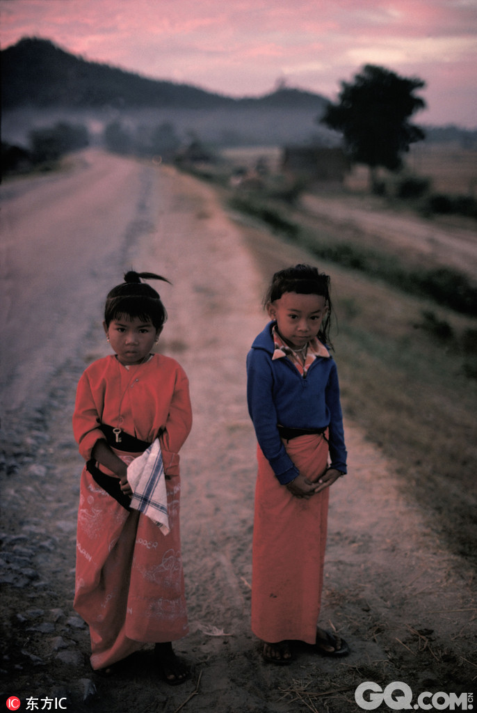久保田博二 (Hiroji Kubota)是玛格南唯一的一名日本摄影师,毕业于东京大学政治系,1961年玛格南成员访日期间结识了Rene Burri、Burt Glinn以及Elliott Erwitt等当时玛社的主要摄影师。1962年,久保田博二因工作关系调到芝加哥 ,并在1965年正式成为一名自由摄影师。