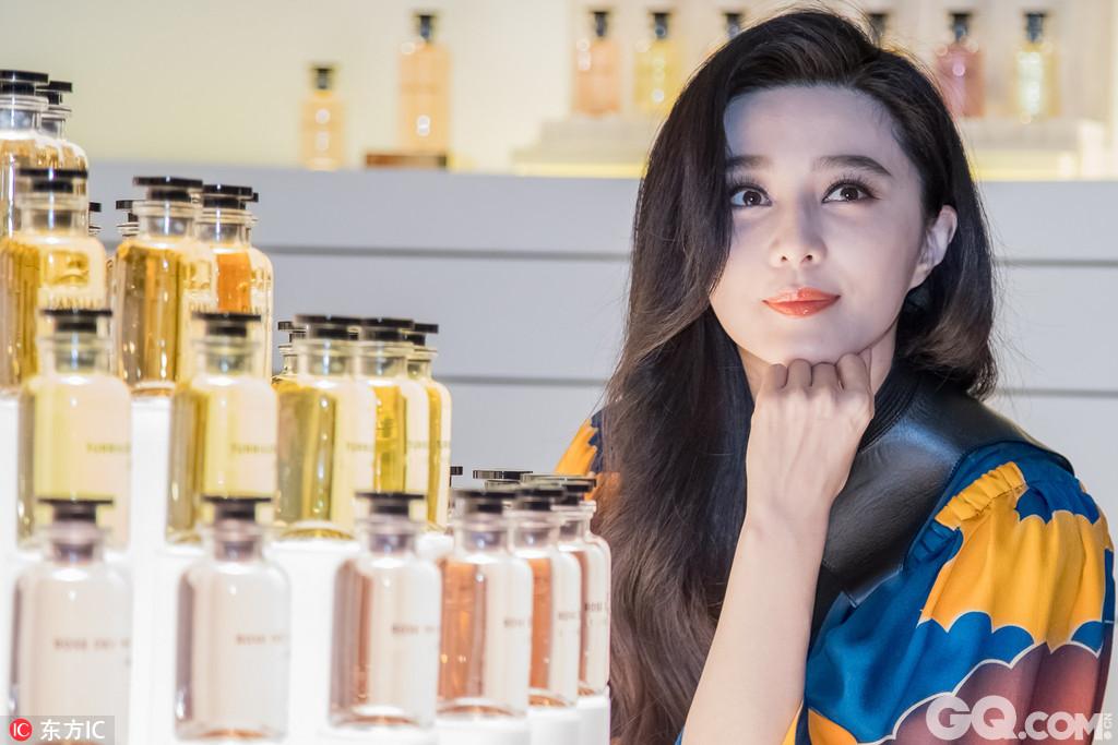 2017年7月13日,上海,范冰冰亮相Louis Vuitton香水发布会。
