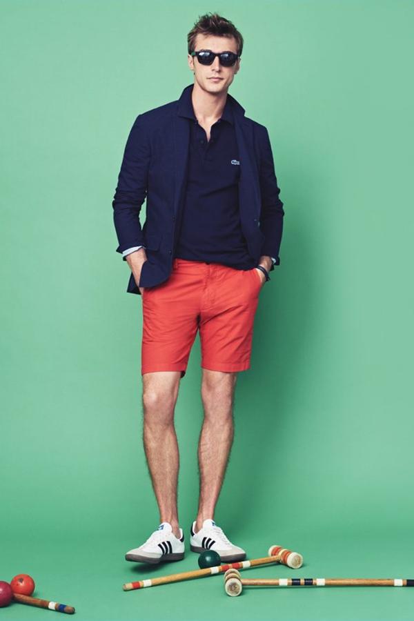 J.Crew推出了夏季party风格男装型录,充满节日的气氛。拥有着暖男气质的法国男模Clément Chabernaud,像是在准备一场温馨的多元素融合的party。既有烧烤party,也有沙滩party,甚至还有夏季婚礼的元素。色彩丰富的服装,自然地成为一道风景。