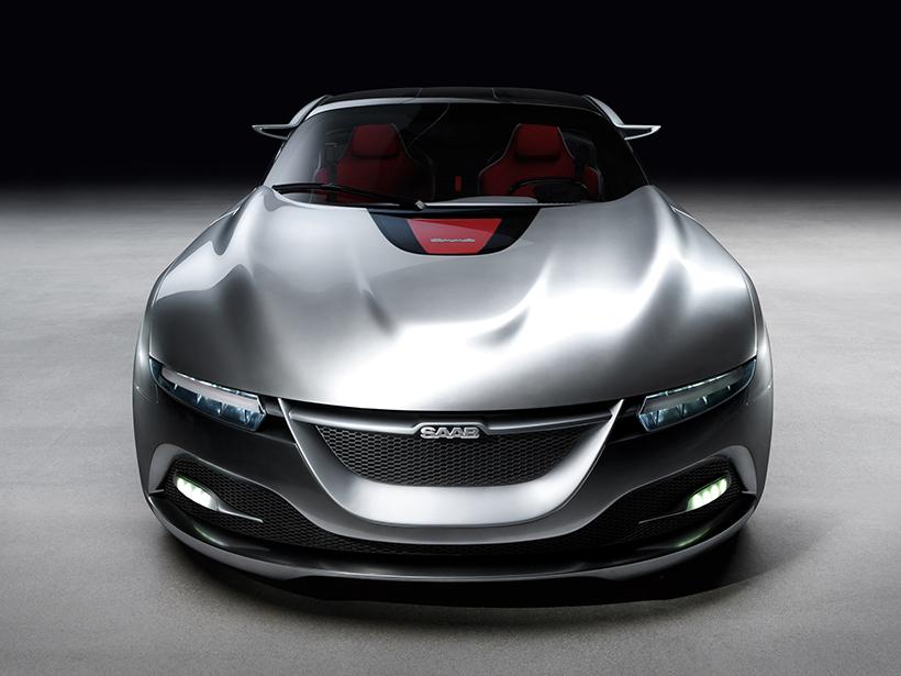 """有些遗憾的是,PhoeniX在内饰设计方面依然显得有些""""2011年""""。但是,这或许也是一个让驾驶者能更专注驾驶的""""用心""""设计。"""