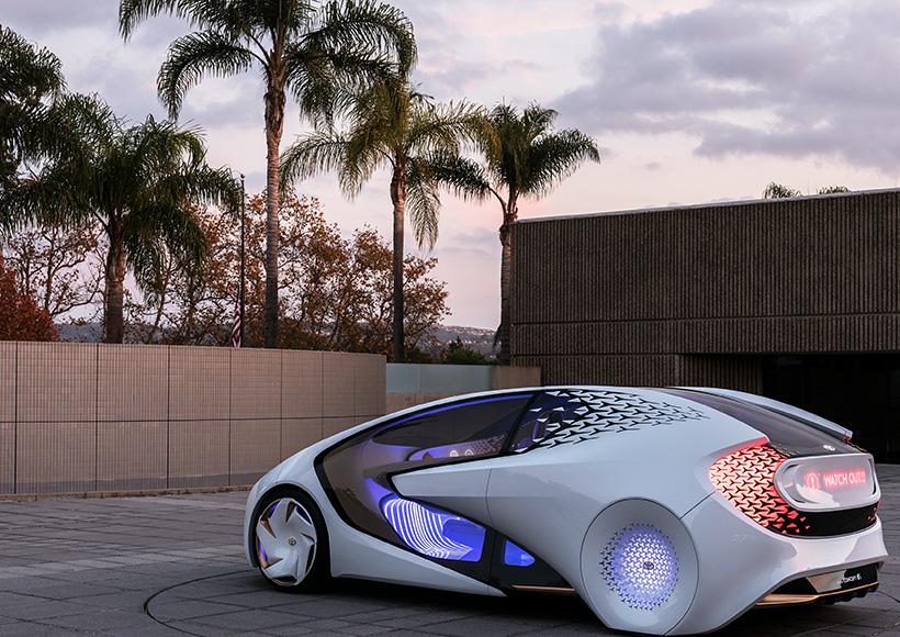 """此外,与现今的车载语音控制系统不同的是,Concept-i所配备的""""Yui""""AI系统提供和Siri一样的自然语言输入。"""