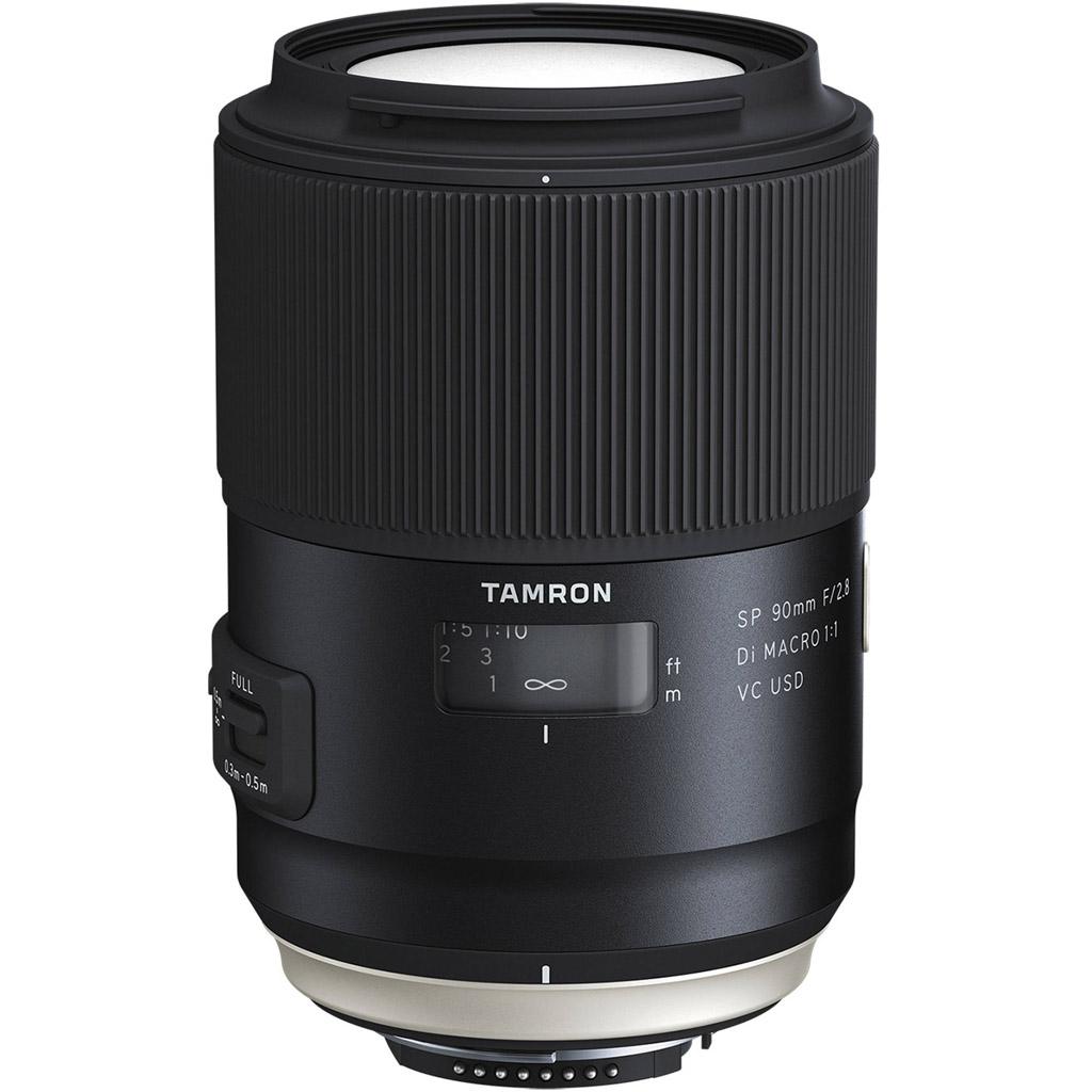 NO.4腾龙 最近腾龙有一款特别火的高端镜头,是大三元SP 70-200mm F/2.8 Di VC USD G2镜头,代号为A025。此镜头在防抖效果、对焦速度和精准度都有不错的表现,同时具有微距拍摄功能。外形设计时尚,工艺扎实。