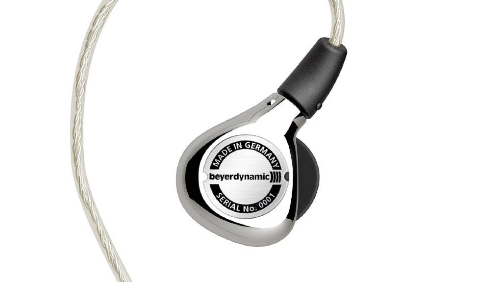 NO.1拜亚动力XELENTO榭兰图 好的耳机一定是在满足用户的基础功能后才在其他方面进行差异型研究。现在很多耳机都开始注重消费者使用的具体场景,并且进行了细分,有游戏用的、有户外运动的。拜亚动力榭兰图就是一款不错的耳机,在音质方面表现出色,适合各种类型的音乐。这款耳机重量也很轻,仅有7g,而且是浅入耳式,不仅适合长时间佩戴,同时隔音效果也不错。 参考价格:7500元