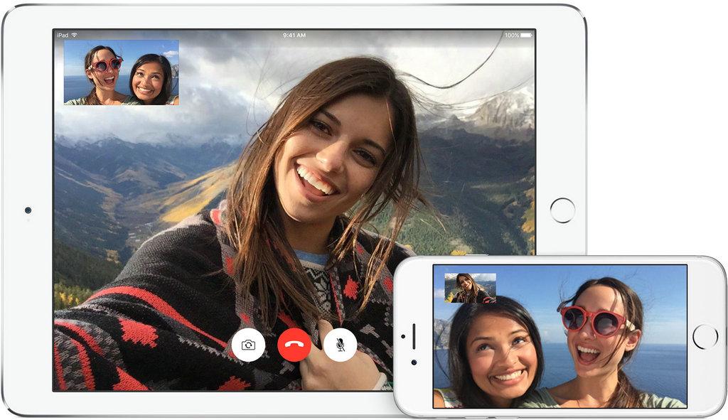 "NO.1 FaceTime on iPad 平板电脑的应用大有取代传统的笔记本电脑的趋势,因此平板设备上的聊天软件也就成为了最为便捷的视频聊天方式。苹果推出的FaceTime APP,在自家的iPad上就大受欢迎。用户们不仅仅在iPad上安装,还在iPhone、iPod touch和mac上安装,让用户们值得称道的是720p的分辨率,成为其""杀手锏""。"