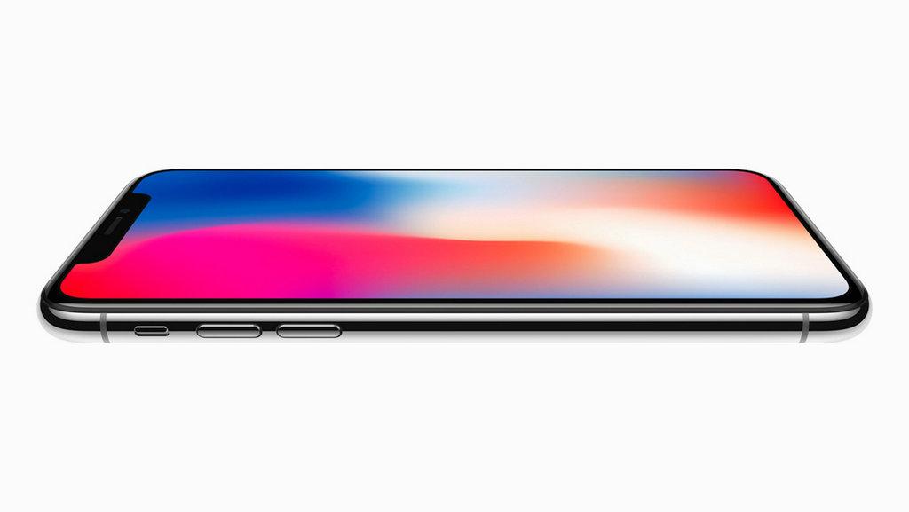 iPhone X消失的Home键给了全面屏完整的展示,其后置双摄的长焦摄像头,也比肩iPhone 8 Plus,甚至更优——具有更大的广角,并且广角和长焦摄像头都支持光学防抖。售价方面,iPhone 8为5888元起,iPhone X8388元起。10月27日起接受预约,11月3日开卖。