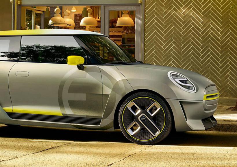 三门版的全新设计给尾部造型平添了许多流畅感,而黄色装饰条的点缀则增加了活泼的意趣,给车辆本身所主张的运动性提供了十分丰富的内涵。如此精美的设计,估计要让不少女生的购物欲暴涨了吧。