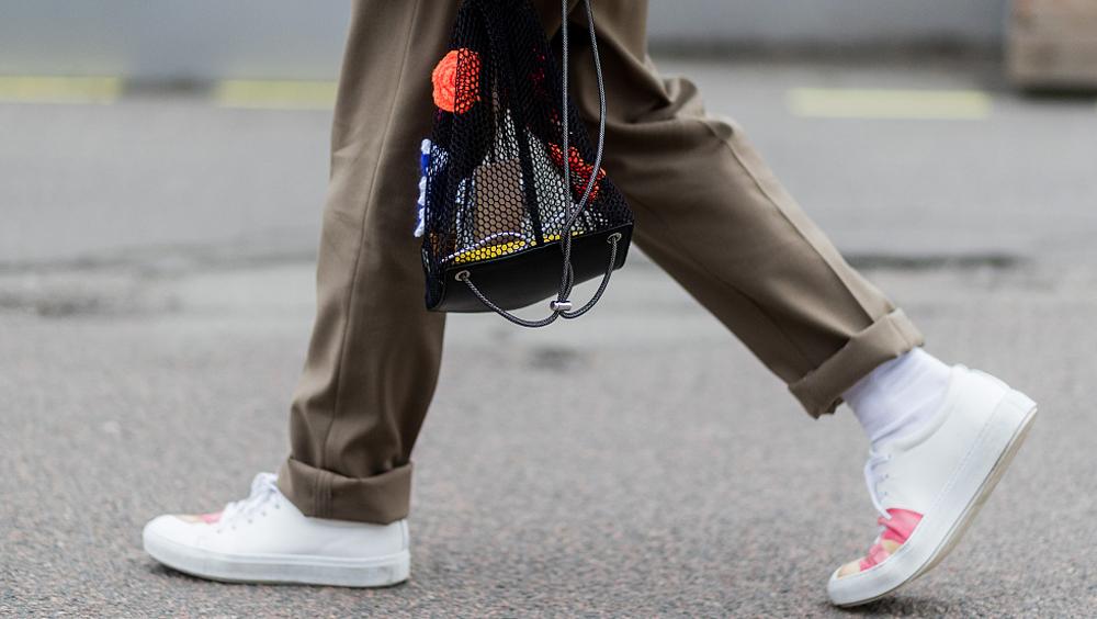 你可能把1000块的小白鞋,穿成了100块的运动鞋