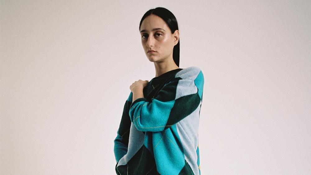 本季潮流引领——风靡一时的开襟羊毛衫潮流