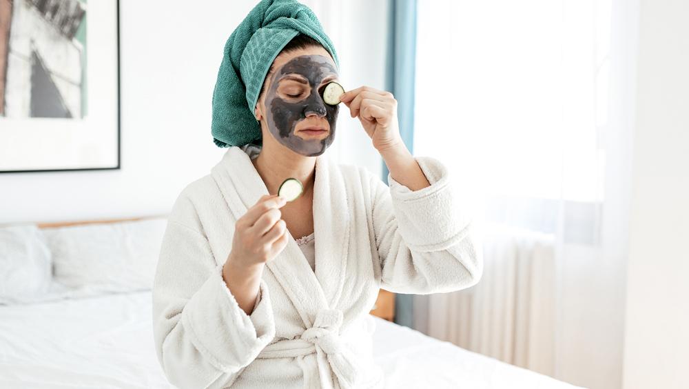 卸妝、洗臉、清潔面膜......夏天怎么讓臉一直很干凈?