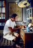 主人: 叶裕清,1962年出生,为青聿页室内装修设计公司总监,早期在台北从事家居店买手,其后在曼谷成立Eugenia Hotel及Cabochon Hotel,近期设计台北AMBA酒店、MAJI MAJI集食行乐以及上海齐民市集等多家商业空间。