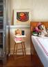 女儿房,床头的小油画是Kathryn年轻时的作品。