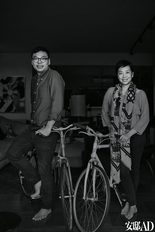 主人: 罗扬杰(Alan Lo),拥有服务行业背景和普林斯顿大学建筑专业学术学位,是促成香港诸多成功餐饮服务项目的不二人选,The Press Room、Classified、The Pawn、SML、The News Room和The Principal都是出自他手的成功典范,如今它们已经成为了这座城市时代精神的代名词,赞誉和人气双收。黄佩茵(Yenn Wong),JIA集团精品酒店背后的企业家和策划人,2004年开业的由Philippe Starck参与设计的JIA香港酒店便是其代表作之一。