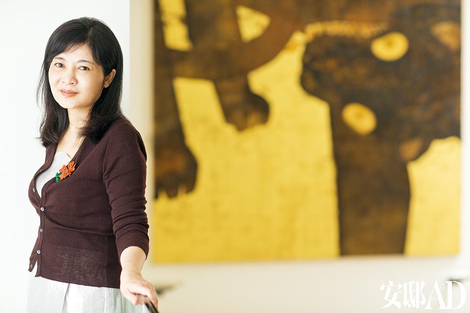 女主人冯亚敏始终忠于自己,一如这个清新到不行的家。