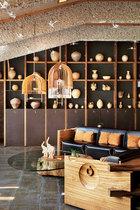 架上随便一个器皿就是几千年的历史,全部来自温州。