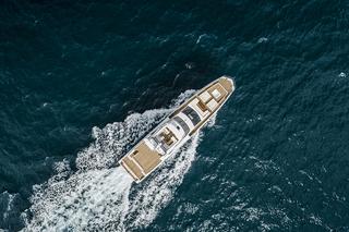 Ocean Elegance 优雅海平面