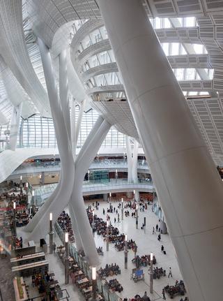香港西九龙站(由Andrew Bromberg at Aedas设计)