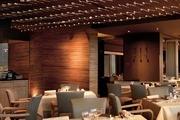 香港洲際酒店 InterContinental Hong Kong:位于九龍濱水地帶的酒店直面維多利亞港和港島的絕殺美景。逾...