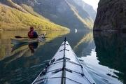 挪威,Tomasz Furmanek一名IT工作者也是一名皮劃艇愛好者,多年來,他時不時就蕩著他的皮劃艇在挪威旅游...