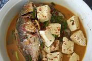 """海边餐厅双廊点心园的""""木瓜酸辣鱼""""做法地道,这也是白族人最喜爱吃的一道菜。要说当地菜的特色,""""咸、..."""