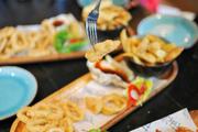 炸鱼,薯条,炸虾,炸鱿鱼圈