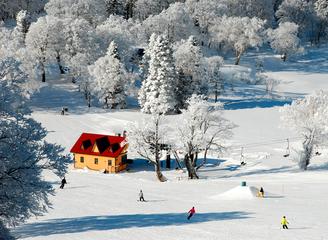 十个冰雪王国,十段不可错过的滑雪奇缘