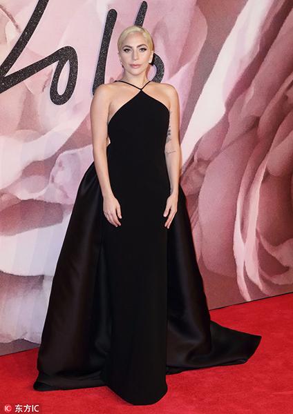 全英时尚大奖红毯 Gigi Gaga都来了