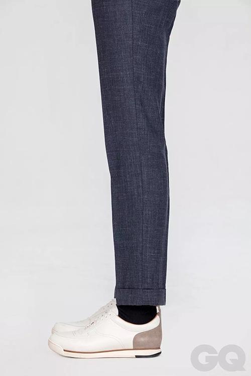 正装皮鞋款式_应该何时卷起你的裤脚?_潮流_GQ男士网