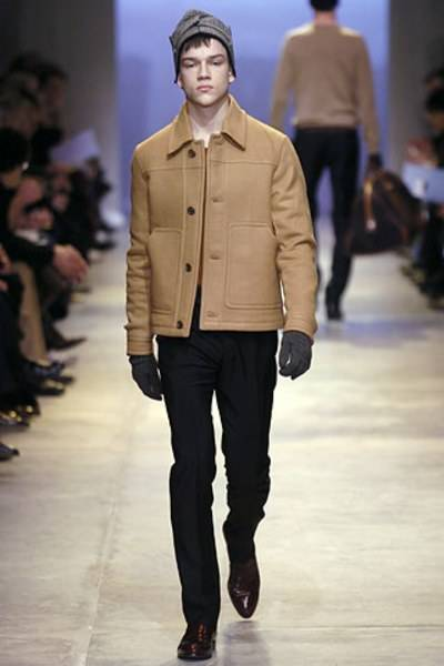 Look 37 from the Autumn/Winter 2005 collection