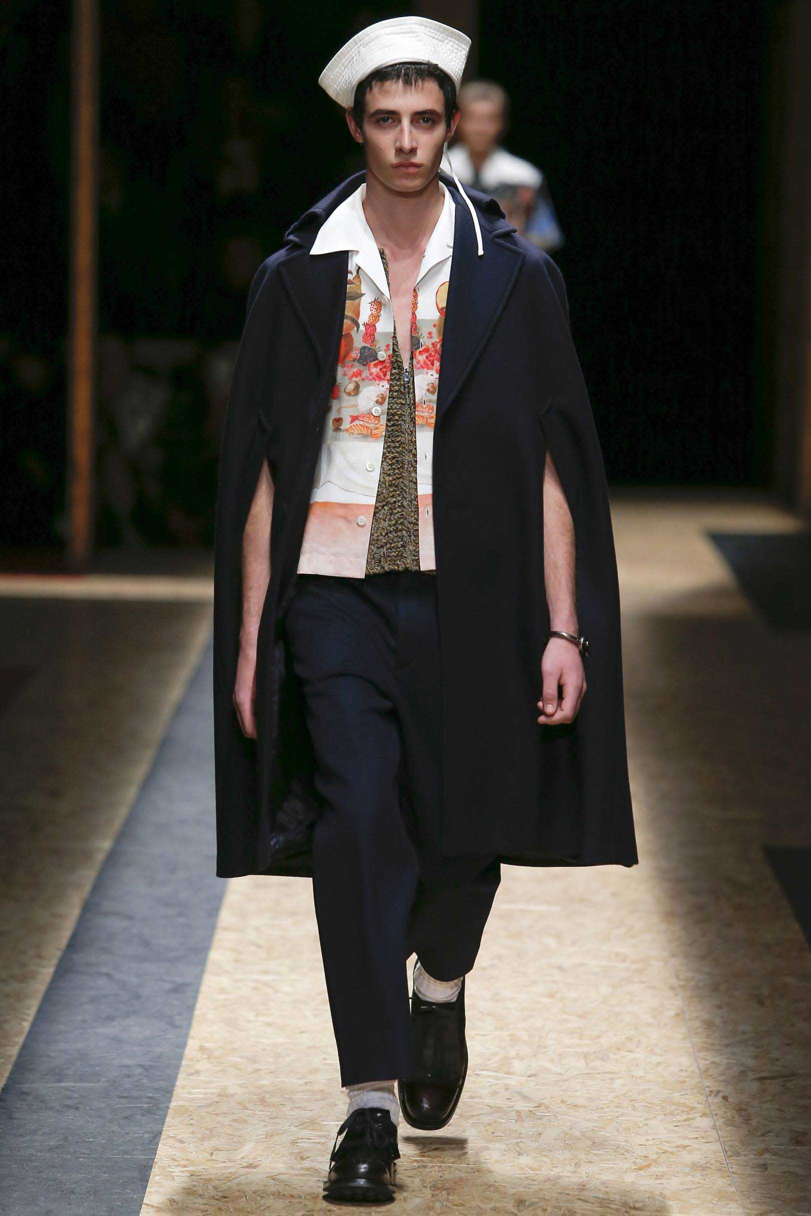 Look 3 from the Autumn/Winter 2016 collection
