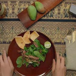 GQ厨房 东南亚薄荷牛扒沙拉