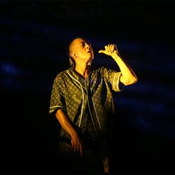 陈冠希压轴献唱草莓音乐节 燃爆粉丝热情火力开唱
