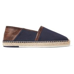 夏日的草编鞋也能得体穿
