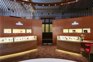 欧米茄斯沃琪和平饭店艺术中心旗舰店重装开业