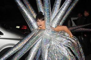 """""""雷母""""Lady Gaga年度重口味雷人造型盘点"""