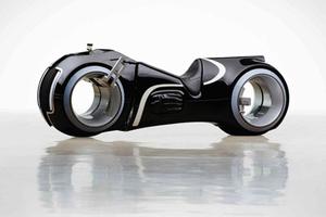 科幻感十足的酷炫光轮摩托