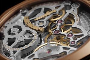 沛纳海全新推出47毫米3日动力储存两地时间红金腕表