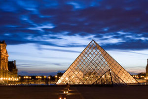 只恋一城奢享巴黎浪漫情怀