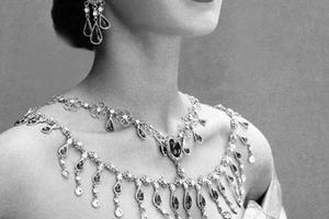 时尚珠宝:设计、制作与市场推广
