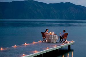浪漫520来个烛光晚餐约会吧